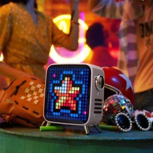 Pixel Art LED Bluetooth Speaker