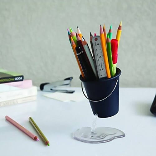 Floating Bucket Pen Holder